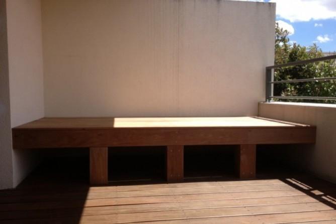 215-terrasse-de-balcon-et-ban-en-cumaru-a-dardilly
