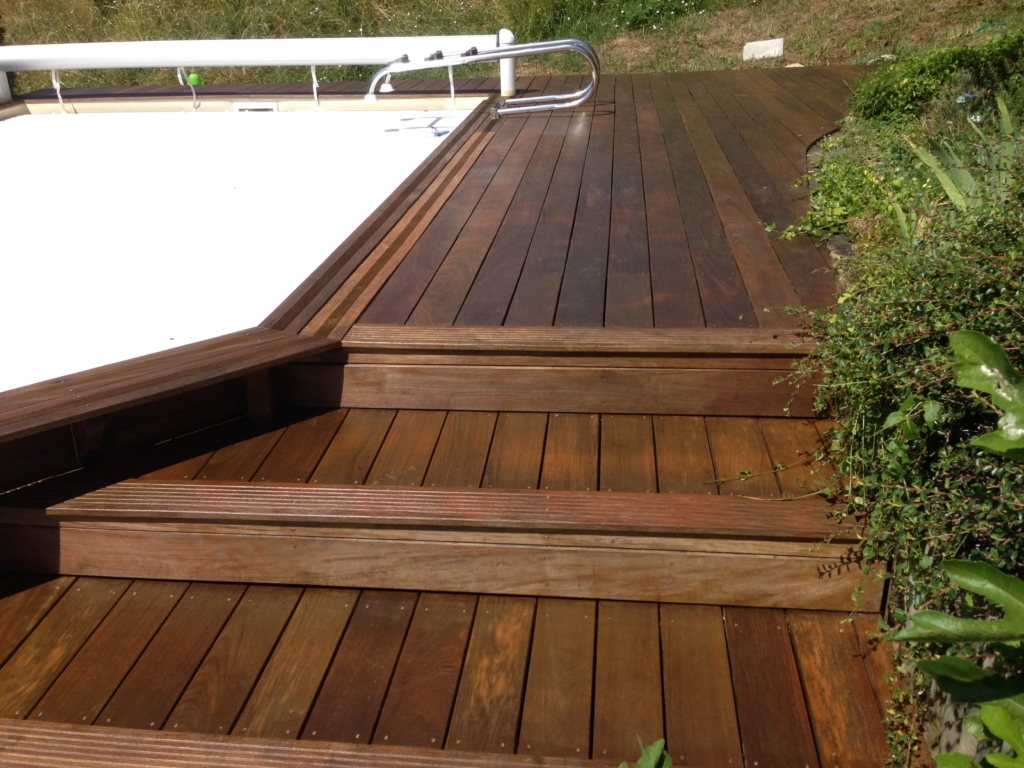 317-renovation-d-une-plage-de-piscine-en-bois-exotique-ipe-a-st-romain-au-mt-d-or-rhone