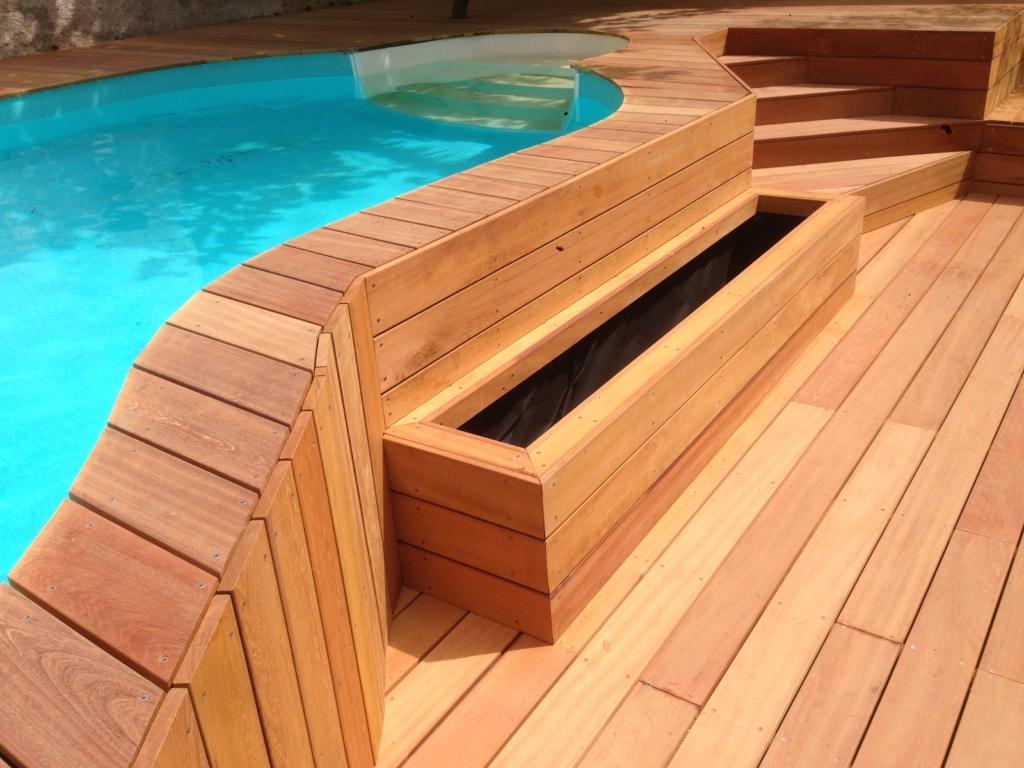 325-plage-de-piscine-en-bois-exotique-murure-a-millery-rhone