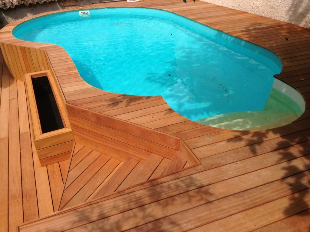 330-plage-de-piscine-en-bois-exotique-murure-a-millery-rhone