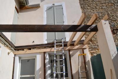 411-balcon-en-bois-exotique-a-dardilly-rhone
