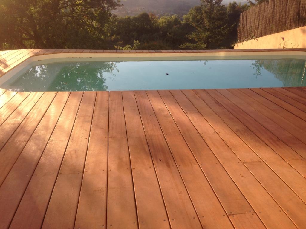 456-belle-plage-de-piscine-hors-sol-sur-la-commune-de-belmont-sur-azergues