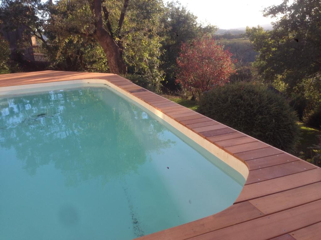 457-belle-plage-de-piscine-hors-sol-sur-la-commune-de-belmont-sur-azergues