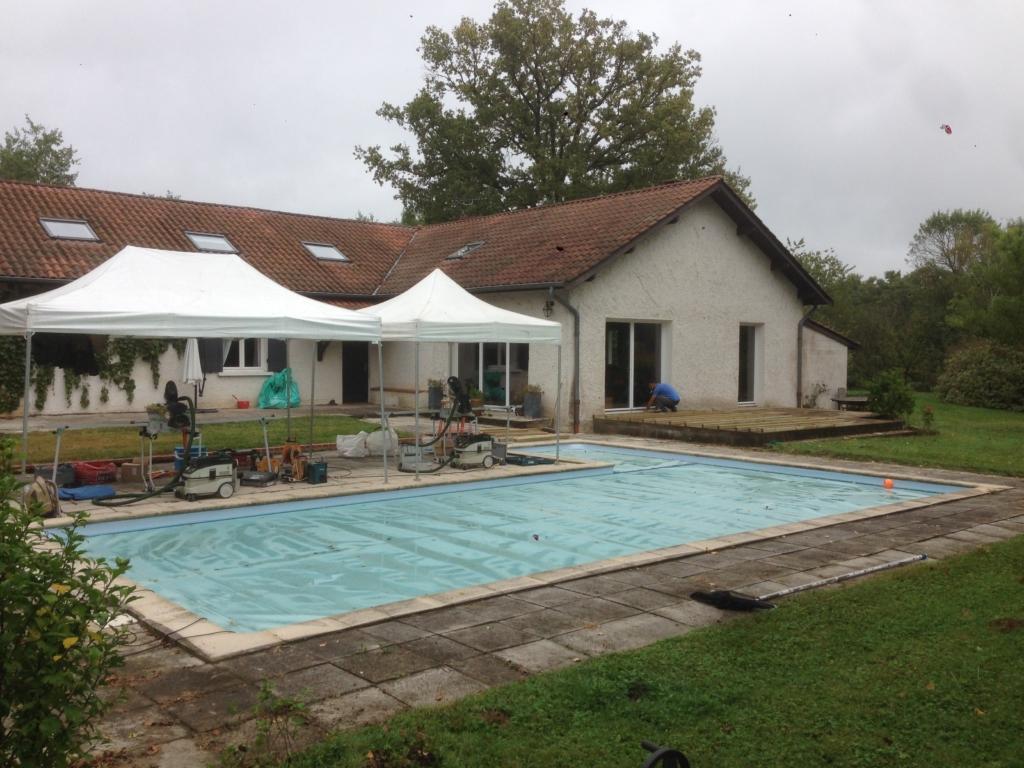 507-belle-plage-de-piscine-en-bois-exotique-ipe-a-savignieux-ain