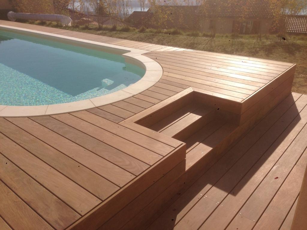 548-plage-de-piscine-en-bois-exotique-ipe-a-chasse-sur-rhone