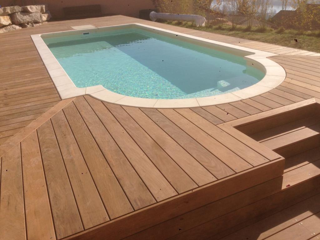 549-plage-de-piscine-en-bois-exotique-ipe-a-chasse-sur-rhone