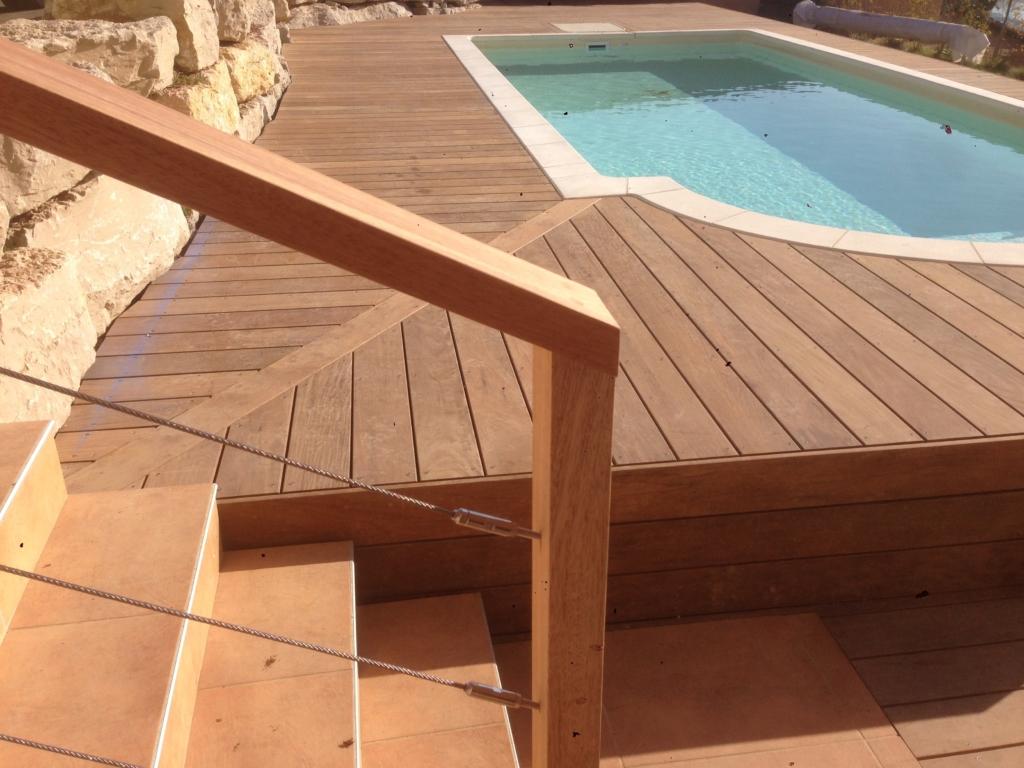 550-plage-de-piscine-en-bois-exotique-ipe-a-chasse-sur-rhone