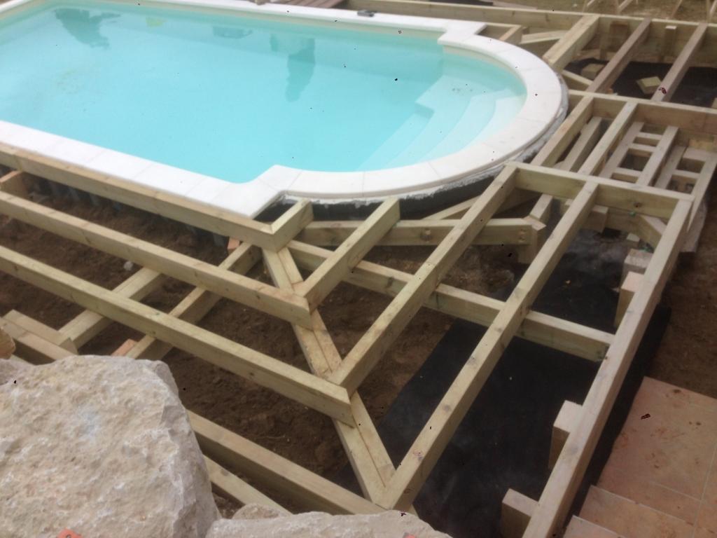 553-plage-de-piscine-en-bois-exotique-ipe-a-chasse-sur-rhone