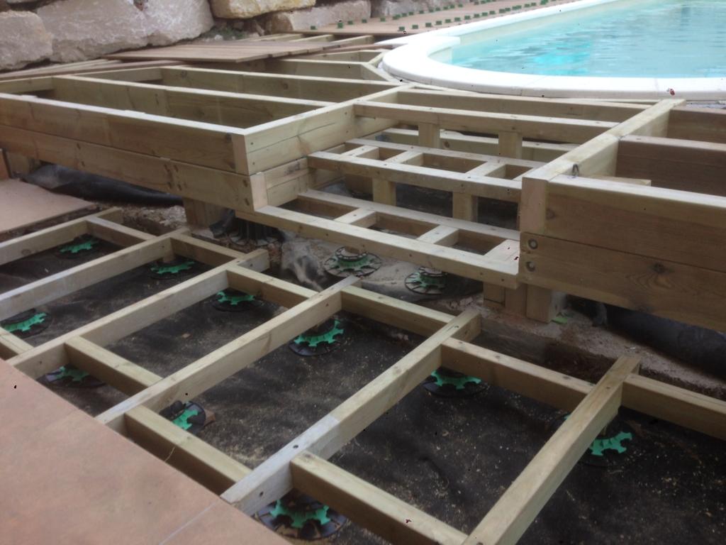 554-plage-de-piscine-en-bois-exotique-ipe-a-chasse-sur-rhone